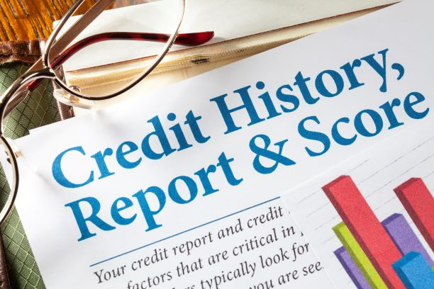 article about credit report on newspaper